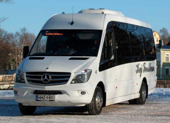 Kaj Forsblom minibussi