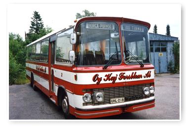Kaj Forsblom vanha bussi arkistokuva