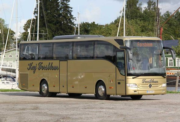 Kaj Forsblom 49-paikkainen tilausbussi