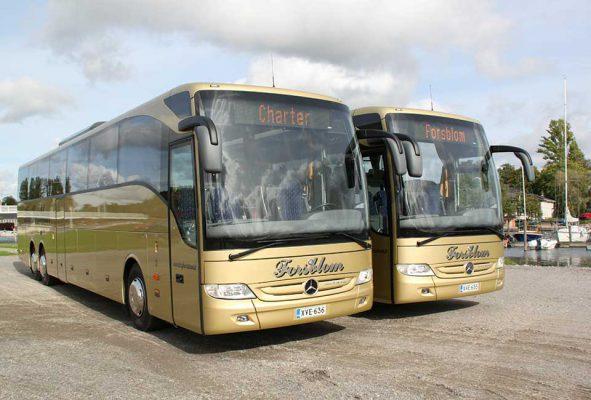Kaj Forsblom Oy: 57+2 paikkaiset charterbussit