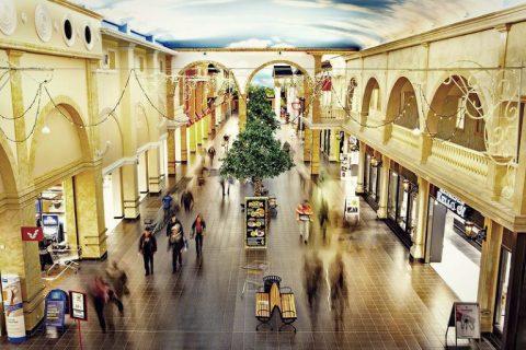 VeljeksetKeskinen_Tuuri_shoppingalley The most popular tourist attraction in Finland - Veljekset Keskinen