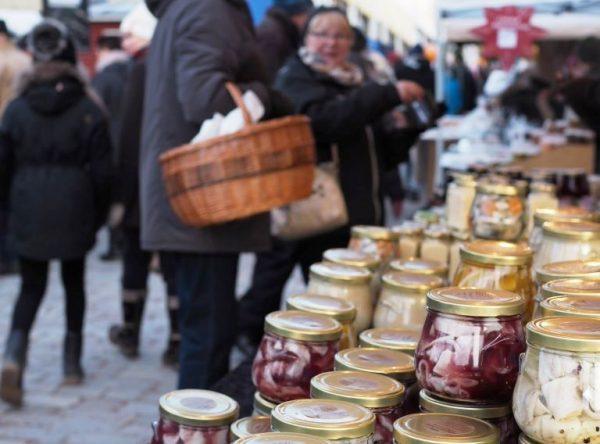 Silliä Tammisaaren joulumarkkinoilla_kuva Martina Österberg